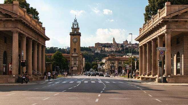 Intesa a Bergamo lancia 'Rinascimento', modello post Covid